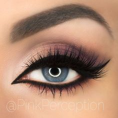 That's how to rock a smoky purple look! /pinkperception/
