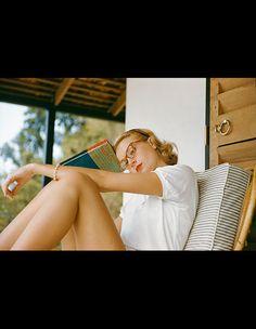 Grace Kelly --(Harper's BAZAAR)