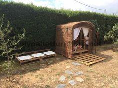 Kleines Ferienhaus für den Garten mit Paletten