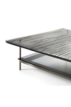 Waves Fiam is a coffee table available in rectangular or square shape. Waves coffee table has a metal frame available in the following finishes: matt titanium, polished black nickel. #coffeetable #livingroom #waves #fiam #arredaremoderno Curved Glass, Modern Glass, Outdoor Furniture, Outdoor Decor, Innovation Design, Ottoman, Armchair, Waves, Coffee