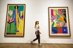 Grab your scissors* & get over to the MOMA^ it's showtime in NYC. Henri Matisse: The Cut-Outs . Henri Matisse, Matisse Art, Raoul Dufy, Moma, Tate Modern Exhibitions, André Derain, Matisse Cutouts, Color Meanings, Painted Paper