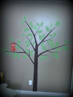 A mommy's life...with a touch of YELLOW: fabric tree on wall with liquid starch