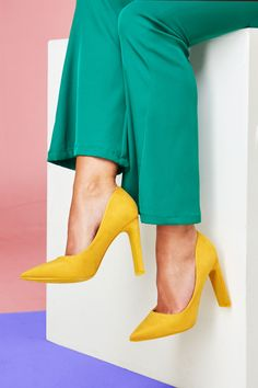 Shoes Latest Shoes, Shoes Online, Fashion Online, Pumps, Stuff To Buy, Shopping, Clothes, Women, Outfit