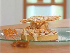 Tarta de manzana con helado de caramelo