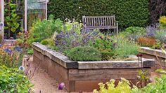 Záhonový manuál: Ako mať krásnu záhradu a nezblázniť sa? Máme pre vás pár tipov (2. časť)