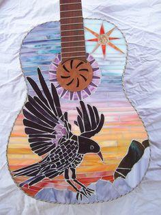 Chitarra mosaico viola CROW