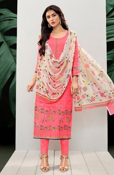 Printed Lawn Cotton New Fancy Daily Wear Churidar Suits Wholesale Collection Catalog Churidar Suits, Salwar Kameez, Indian Outfits, Indian Clothes, Fashion Pants, Fashion Outfits, Collections Catalog, Cotton Pants, How To Dye Fabric