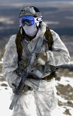 Airsoft hub is a social network that connects people with a passion for airsoft. Talk about the latest airsoft guns, tactical gear or simply share with others on this network Military Gear, Military Police, Military Weapons, Military Uniforms, Naval Special Warfare, Military Special Forces, Military Pictures, Special Ops, Modern Warfare