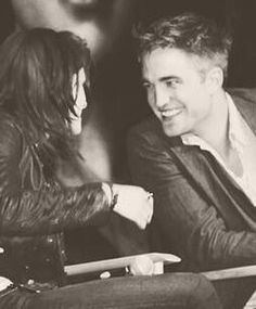 Rob and Kristen..Wow the love is showing.