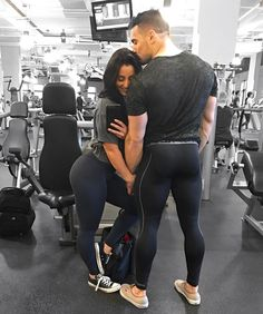 Amanda Bucci l inspi Best Cardio Workout, Fun Workouts, Couples Who Workout Together, Amanda Bucci, Fitness Models, Couple Goals Cuddling, Fitness Motivation, Gym Couple, Model Training