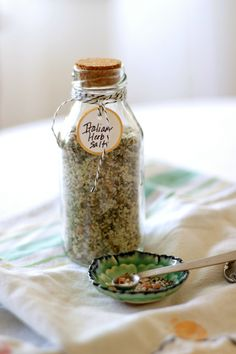 homework: creative inspiration for home and life: GOOD TASTE: Italian Herb Salt - add lemon zest Herb Salt Recipe, No Salt Recipes, Herb Recipes, Cooking Recipes, Cooking Bread, Italian Recipes, Homemade Spices, Homemade Seasonings, Spice Mixes