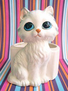 Vintage Kitsch Big Eyed Pitty Kitty Lefton Ceramic by modpets, $14.00