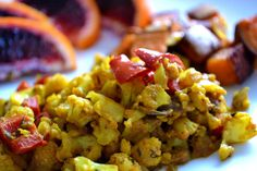 A healthy, soy-free alternative for a vegan breakfast scramble! Recipe by Christine Oppenheim