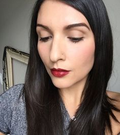 "This #EcoDiva and green beauty makeup artist  @ashleymaronik says she can't get enough of our Fitglow Beauty Vita-Active Foundation! ""It gives you a flawless look that doesn't feel heavy"" she says. ""The best part about this foundation is it's full of antioxidnats to help nourish and repair the skin especially sun spots and helps boost collagen production. Now who can say their foundation does all that?! I  highly suggest you give this product a try."" #vitaactivefoundation #ecodivalovesyou"