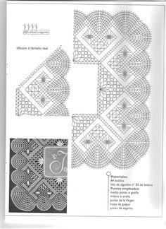 Picado pañuelo inicial bordado