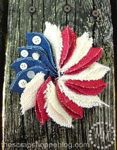 The Scrap Shoppe: Mini Patriotic Wreath Pin