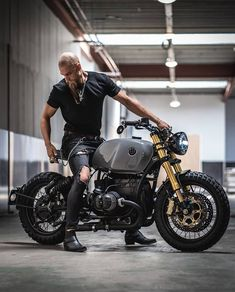 (notitle) – Bmw R Boxer – Super Autos Bmw Cafe Racer, Cafe Racers, Moto Cafe, Cafe Bike, K100 Bmw, R80, Fast And Loud, Custom Motorcycles, Custom Bikes