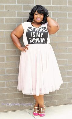 bigbeautifulblackgirls:  Angela, Legal, North Carolina Top: Target Skirt: H&M Shoes: Torrid #curvync #size24