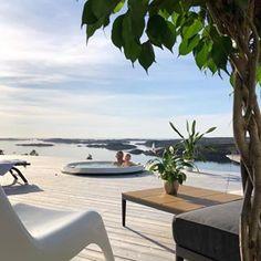 ☀️💦🌸 S O M M E R 🌸💦☀️ Utespa gir glede for hele familien - hele året ❤️ Repost @maritfolland ・・・—————————————————————————#vikingbad #inspoweekend #stemning_casachicks #interior444 #interior4all #interior4you #interior4you1 #outdoordesign #outdoorinspo #vikingspa