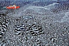 Quebra-Gelo da Guarda Costeira Canadense, em Resolute Bay (Foto: Misteriosdomundoorg)