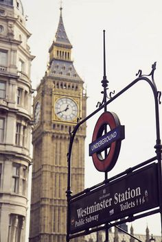London's Queen Elizabeth Tower, Big Ben and Westminster Tube Station