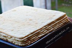 Cand vine vorba de foi pentru prajituri, acestea se numara printre favoritele mele. Este …