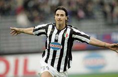 Bolacasino88.com - Capello pernah melatih Ibrahimovic sewaktu di Juventus, dan dia menyebut sang pemain tidak bisa menendang bola.   Fabio...
