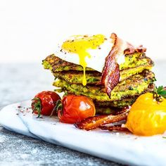 Breakfast Freekeh and Zucchini Fritters - heinstirred.com