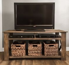 Build your own pallet tv stand! The plans include a material cut list, a list of necessary tools & hardware, assembly directions, and dimensions. The overall dimensions of the tv stand are x Farmhouse Table Plans, Farmhouse Tv Stand, Coffee Table Plans, Farmhouse Furniture, Diy Furniture, Furniture Plans, Pallet Furniture Tv Stand, Rustic Farmhouse, Furniture Hardware