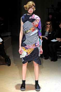 Comme des Garçons Fall 2011 Ready-to-Wear Collection - Vogue