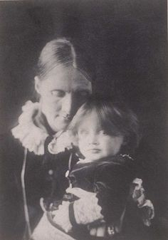 thevictorianlady: Julia Stephen with Virginia on her lap, BABY VIRGINIA WOOLF, why are you so chubby and adorable? I cannot resist re-posting baby Virginia on her birthday. Virginia Woolf, Julia Margaret Cameron, Bloomsbury Group, English Writers, Mother And Child, Illustrations, Belle Photo, Daughter, History