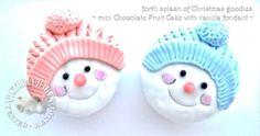 mini chocolate fruit cake ~ Frosty the snowman
