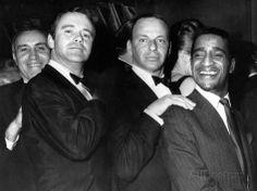 Jack Lemmon with Singers Frank Sinatra and Sammy Davis Junior, 1968 Classic Hollywood, Old Hollywood, Joey Bishop, Jack Lemmon, Sammy Davis Jr, Shirley Maclaine, Katharine Hepburn, Humphrey Bogart, Iconic Photos