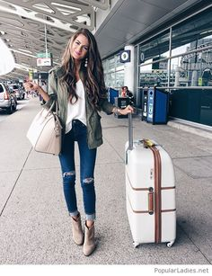 blue-jeans-white-top-and-olive-jacket-perfect-for-travel