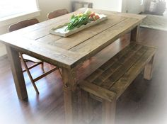 DIY - Farmhouse Bench (from Ana White) (photo from Korrie@RedHenHome)