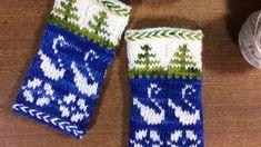 Kuviomalli tehty yleisön kanssa yhteistyönä! Fair Isle Knitting, Free Knitting, Knitting Patterns, Wrist Warmers, Finland, Diy And Crafts, Gloves, Crochet, Threading