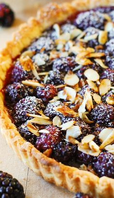 Blackberry Tart with Toasted Almonds. Blackberry tart topped with toasted almonds – this French style dessert is made completely from scratch, in a homemade tart crust! Summer Dessert Recipes, Just Desserts, Delicious Desserts, Yummy Food, Dessert Ideas, Desserts With Berries, Christmas Desserts, Yummy Yummy, Delish