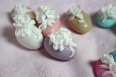 Donatella Semalo: Gorgeous Easter Egg Cakes