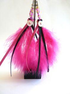 Boucles d'oreille plume rose ruban et perle : Boucles d'oreille par 1000bijouxandco