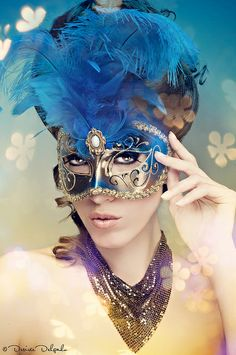 Mask idea for Me and my guy masquerade dance Sweet 16 Masquerade, Masquerade Theme, Masquerade Ball, Venetian Carnival Masks, Carnival Of Venice, Mask Face Paint, Divas, Costume Venitien, Carnival Outfits