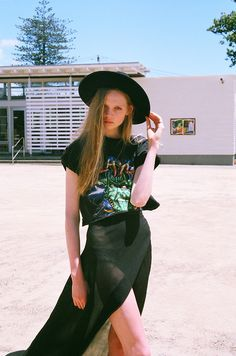 fairies-on-cocaine:  soft grunge and model☯✝