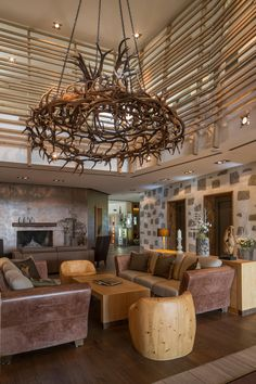 Our spa hotel Falkensteiner Hotel & Spa Bad Leonfelden offers 117 rooms and suites, a wellness & water world, excellent cuisine and more. Spa Hotel, Country Hotel, Hotels, Country Style, Austria, Chandelier, Ceiling Lights, Room, Home Decor