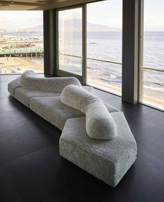 Sofa Furniture, Furniture Design, Cafe Design, House Design, Lobby Design, Waiting Area, Chaise Sofa, Interiores Design, Contemporary Furniture