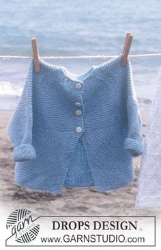 Baby Knitting Patterns Jacket Jacke mit Raglanschrägung in Baby Knitting Patterns, Baby Sweater Patterns, Knitting For Kids, Baby Patterns, Free Knitting, Baby Vest, Baby Cardigan, Drops Baby, Fingerless Gloves Crochet Pattern