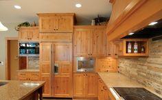 dosseret en pierres rectangulaire décoration cuisine  armoire en bois brut