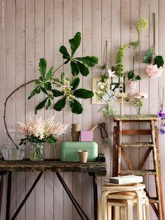 Blanda riktiga sommarblommor med SMYCKA tygblommor och skapa en härligt blomstrande vägg