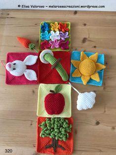 Sensory cube – How to assemble it – Melarossa creazioni Crochet Game, Crochet Baby Toys, Crochet Books, Crochet Toys Patterns, Amigurumi Patterns, Stuffed Toys Patterns, Crochet Crafts, Baby Patterns, Yarn Crafts