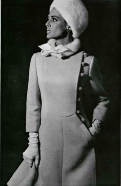 1965 Philippe Venet pink coat in wool