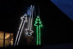 riesige 4 Meter hohe Leuchttannenbäume mit LED Lichtschlauch