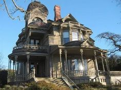 St. Helens Oregon Victorian, where the heck is this in town